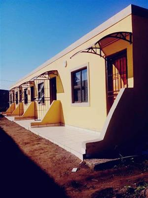 Bachelor's Flats For Rent Close to BALLITO NO DEPOSIT!