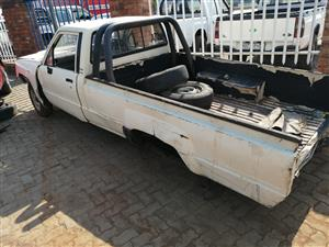 Stripping Toyota hilux yn series for spares