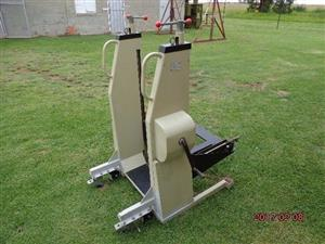 HEAVY DUTY (with fine adjustment)  Trolley,