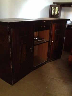 Bar counter or pub counter
