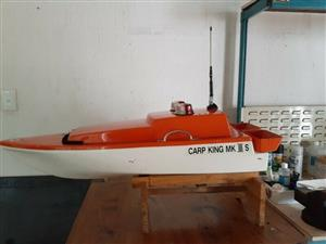Carp King Bait Boat Mk3 with remote