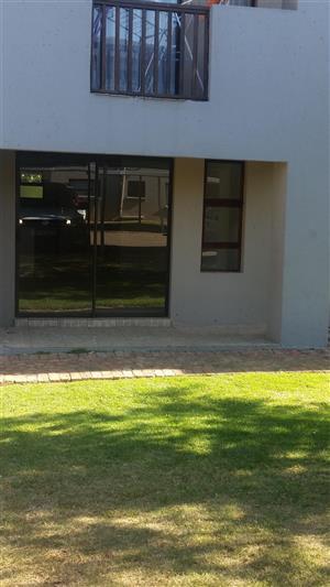 Boksburg - Eveleigh Estates: 2 bedroom FIRST floor Unit
