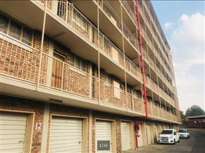 Modern 3 Bedrooms Flat for Rent in a quiet, neat neighborhood of Silverton, Pretoria