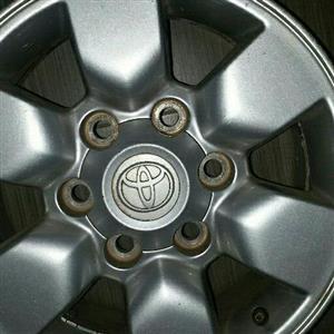 Toyota hillux mag rim