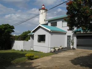 4 Bedroom House with Lovely Sea Views - Close to the Sea + CBD - for sale in Port Edward