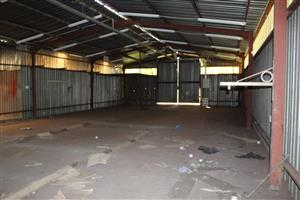 BENONIPETIT AREA-ON 1.5 Ha-LARGE GOOD WORKSHOP-3 PHASE POWER-GOOD BOREHOLE-LAND FULLY WALLED