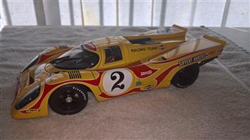Porsche 1:18 scale model cars for sale