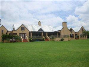 Spacious Farm Style House in Mooikloof Equestrian Estate for sale