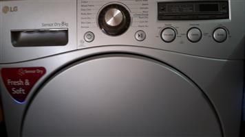 LG Sensor Dry 8kg tumble dryer