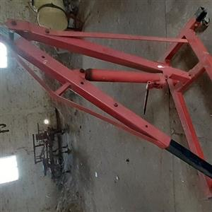 1.5 Ton crane