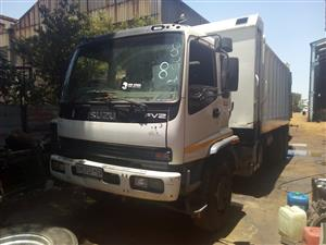 Brilliant Second hand 21 cube Isuzu compactor. Ready if you are!