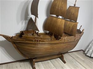 Solid Mukwa ship / bar