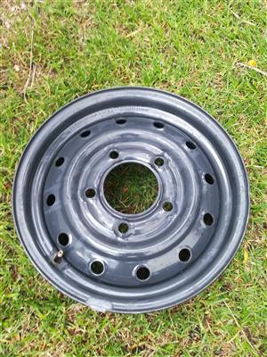 One Original 16 inch Mahindra Steel Spare Wheel R1350