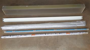 Fluorescent strip lamp  (utility type)
