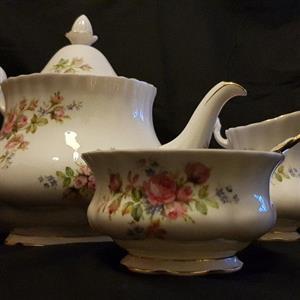 Royal Albert Moss Rose Complete Tea Set for sale  Pretoria - Moot