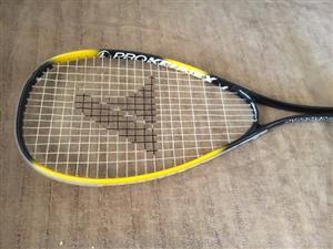 Squash racket-  Extreme 80
