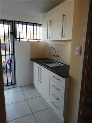 Separate Entrance to Rent - Lotus River