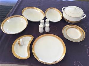 8 Set Goldplated Dinner Service -Complete