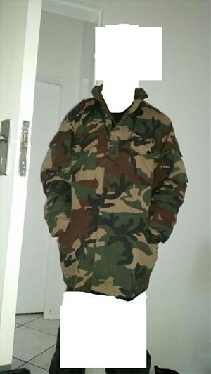 Large Camoflage Jacket from Wintery Snowey Europe  In Good Condition