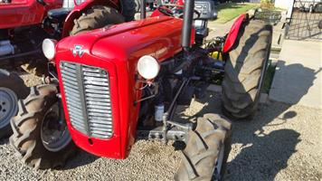 Red Massey Ferguson (MF) 35x 4X2 Pre-Owned Tractor