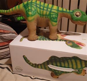 Robot Pleo dinosaur