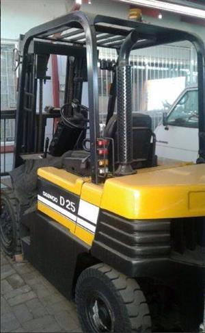 Daewoo 2.5Ton Forklift for sale