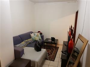 1 BEDROOM FLAT TO RENT IN PTA EAST