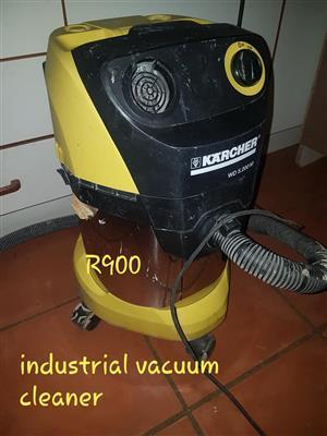 Industrial vacuum for sale
