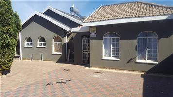 HOUSE FOR SALE ENNERDALE 9