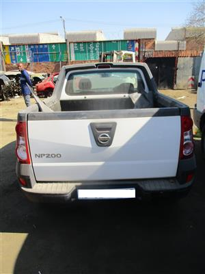 NISSAN NP200 SALVAGED BAKKIE STRIPPING FOR SPARES
