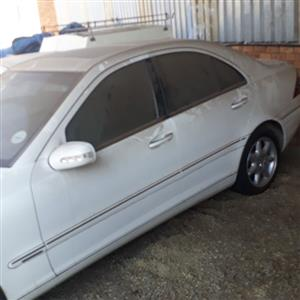 Mercedes Benz c270 stripping for spares f
