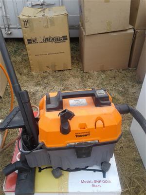 Bennett.reed tough 15 1400w vacuum cleaner