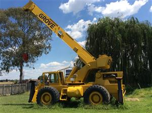Grove Rough Terrain Crane