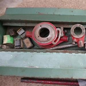plumbing tools stock and die set