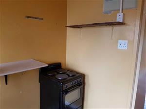 ez Valley garden cottage to rent on 2nd Avenue for R1800 bathroom, kitchen