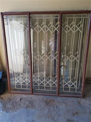 USED house Steel windows with glasses and burglar guards for sale