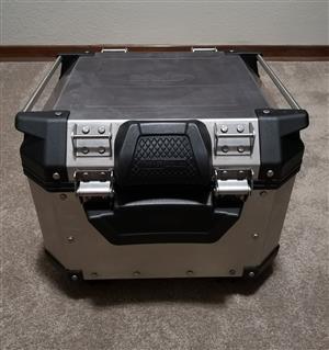 Givi Top box Aluminium 42L