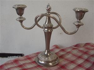 VINTAGE made in ENGLAND LANTHE SILVER PLATED CANDELABRA CANDLE HOLDER-in beautiful condition