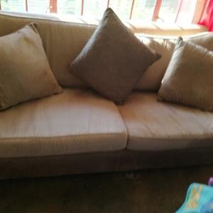 Beidge Swade Couch for sale