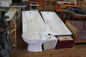 Complete toilet and 2 baths