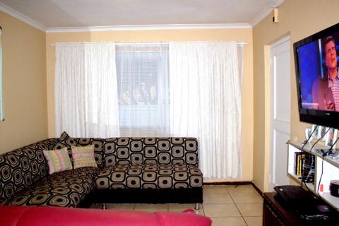 2.0 bedroomFor Sale  in GLENWOOD