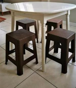 Peachy Furniture For Sale In Outer West Durban Junk Mail Squirreltailoven Fun Painted Chair Ideas Images Squirreltailovenorg