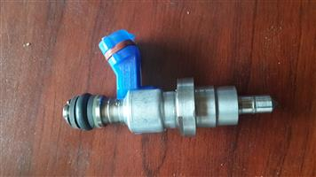 TOYOTA AVENSIS (123/900) INJECTOR
