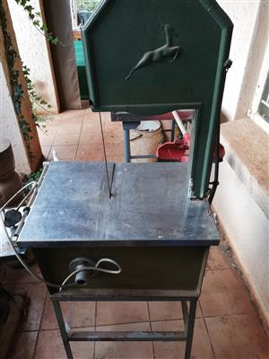 Springbok Meat saw | Junk Mail