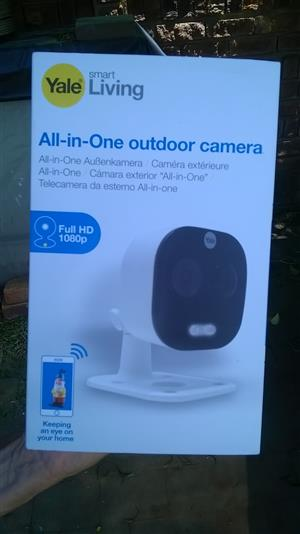 Yale Smart Living All-in-One Outdoor Camera