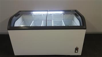 1,5 meter curved glass top display freezer