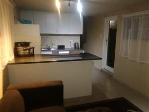 One bed cottage to rent in Horison,Roodepoort