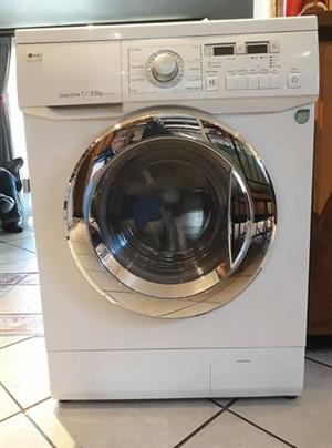 LG frontloader washer/dryer