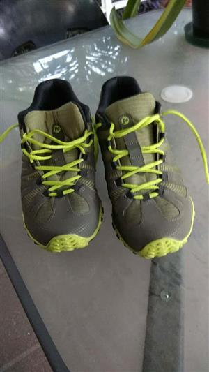 Fantastic deal!  Men's Merrell Chameleon flux for Sale