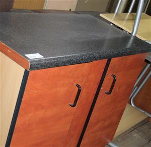2 door kitchen unit S032170A #Rosettenvillepawnshop